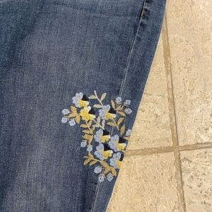 J Jill weekender jeans with embroidery